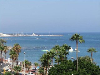 Luxury beachfront apartment in Benalmadena Costa