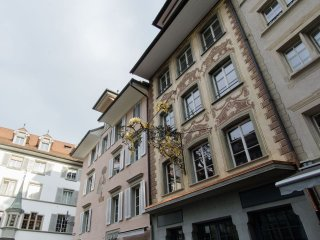Hirschen 7 - Historic old town apartment / WiFi