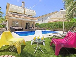 Cyprus Holiday Villa ROSEMARY Profile