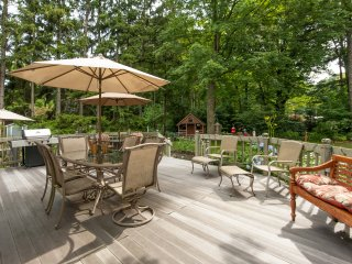 Coastal Playhouse 746 North Shore Drive, Multi-Generation Home, Beautiful Yard