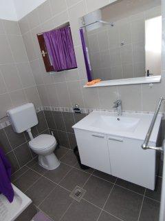 A1(8): bathroom