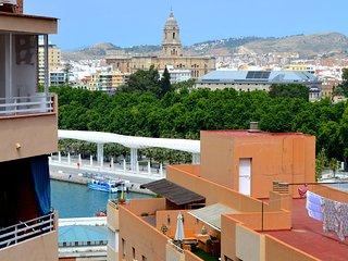 Apartamento de 1 dormitoria en playa de la Malagueta con vistas a la catedral