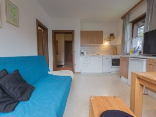 Profelt's Apartment A, sleeps 5, town centre, large balcony, free WIFI
