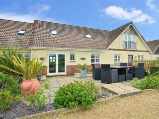 Driftwood Cottage, Brighstone, Isle of Wight
