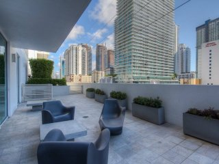 8| 2/2 1st Boutique Condos * Brickell / Downtown