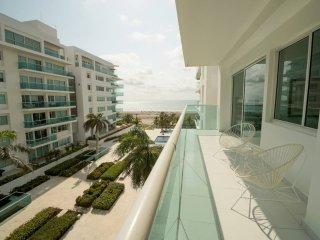 Morros 922 Luxury 2 bd Condo