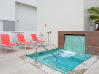 5| 2/2 1st Boutique Condos * Brickell / Downtown