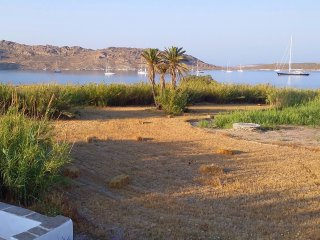 Beachfront-Peaceful-Child Friendly-Close to Naoussa-Well Equipped-Free Wi Fi-BBQ