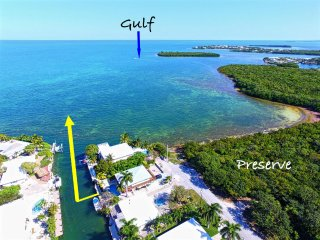 Gulfside w/Ocean Access. No Irma Damage. Waterfront, pool, hot tub, 60 ft dock