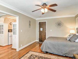 Cozy Studio Steps from Niagara Falls & Casinos!