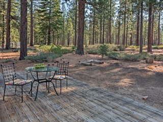 NEW! 2BR Lake Tahoe Home in Forest -mins to Beach!
