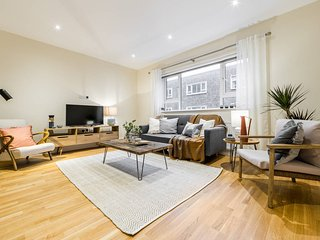 (2) South Kensington Flat with 3 beds, 2.5 baths