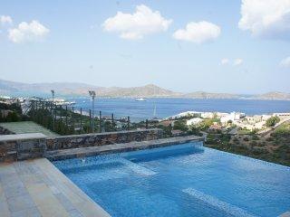 Villa Valentina, a luxury spa villa with tennis court and sauna