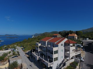 Apts Villa Dadić - Comfort One Bedroom Apt with Terrace and Sea View A2+2 - APT1