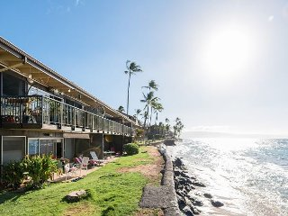 1BR Maui Sands Condo w/ Beach Gear - Pool Views, 2 Blocks to Honokowai Beach