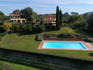 Il Tiglio- wide apartment with breathtaking views over the surrounding vineyards