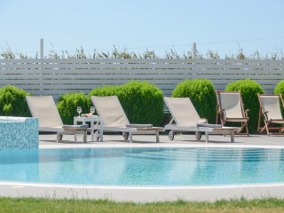 Depis luxury villas Plaka Naxos /3 Villas/6 Bedrooms/ 7 bathrooms for 18 persons
