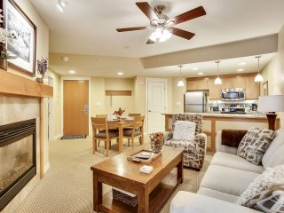 Ski In/Out Resort Village #3307 - FREE Activities/Great Views/Pool Sized Hot Tub
