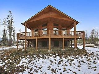 Luxurious River Front Cabin - Fantastic Views/Free Activities/Resort Discounts