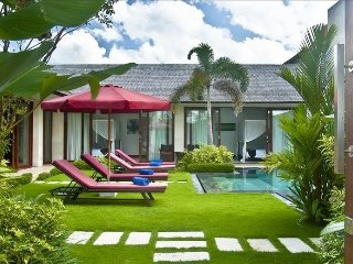 Canggu Villa Merah, Bali, Spacious 3 Bedroom Private Villa in 'Canggu Village'