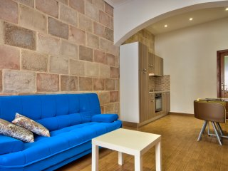 Few minutes off the Ferries Comfy Sliema 1-bd Maisonette
