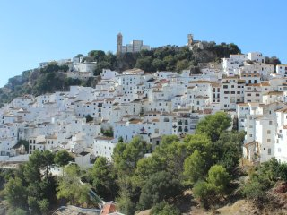 2038 - 2 bed apartment, Casares Village, Estepona