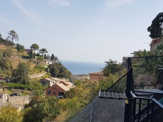 BBP&B MONTEROSSO MOLINELLI SECOND FLOOR PRIVATE GARDEN SEA VIEW