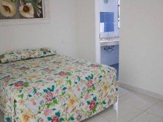 Apartamento na Praia de Pitangueiras, Guarujá.