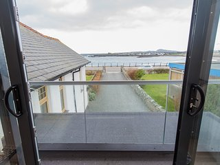 Magnificent Beach Front Luxury with great sea views; Tullochside sleeps 9