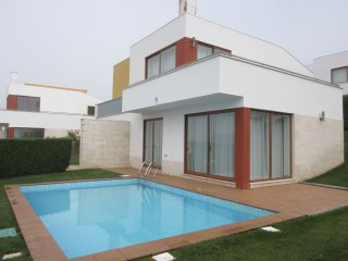AK PL - Bom Sucesso/Obidos Lagoon -Modern villa with 3 bedrooms and 3 bathrooms