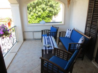 Apartment RI - One Bedroom Apartment with Terrace and Sea View