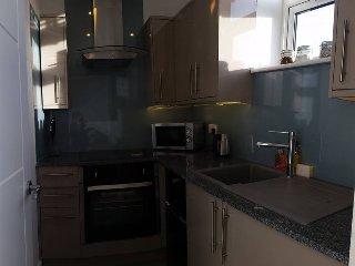 Urban Apartments - Deluxe Studio Apartment - 4