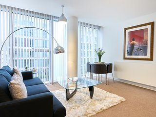 One Bedroom Serviced Apartments in The Hub: MK