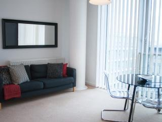 Two Bedroom Serviced Apartments in The Hub: MK