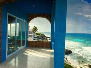 Luxury 3 Bdrm Ocean Front Villa w 2 Master Suites +Jacuzzi+ 360 Amazing Views!!!