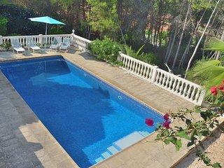 Villa Canta Corazon met groot omheind zwembad en tropische tuin, geheel prive !!