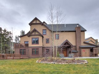 2326 Red Hawk Townhomes