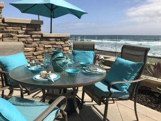 Sale Spacious, Modern and Elegant Beachfront Vacation Villa, BBQ, Central Air,