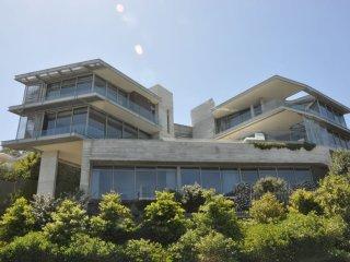 Clifton Luxury Villa