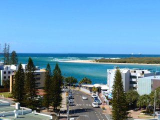Ocean Views Resort U309 Caloundra