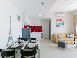 *FREE PICK UP AIRPORT* Luxurious 2BR Apartment
