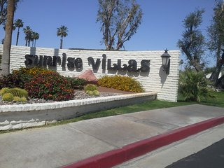 PALM SPRINGS - SEASONAL VACATION RENTAL - FULLY FURNISHED