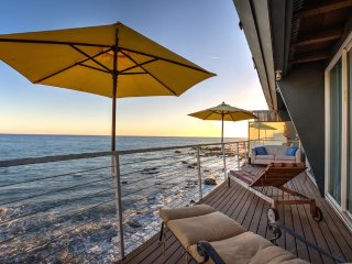 The Beachfront Malibu Home - Postcard Views!