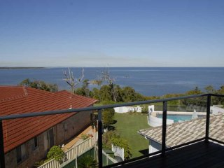 Panoramic views of Pumicestone Passage- Dylan Court, Sandstone Point