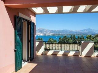 Villa 'Mitis' - A Bohemian Private Pool Retreat!