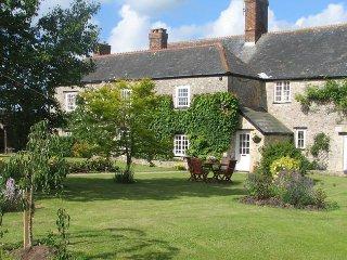 NHOUS Cottage in Seaton