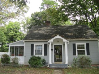 Charming Bungalow in Historic Ardmore!