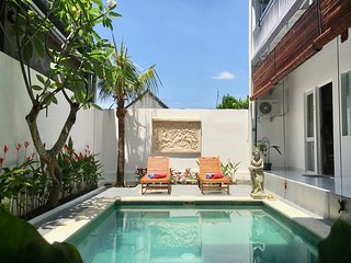! OPENING SPECIAL ! breakfast, pool, fast wifi, 12min walk to Ubud