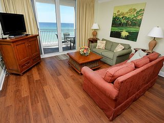 Gulf front 2 bedroom 2 bath sleeps 8 Great location for Ball teams