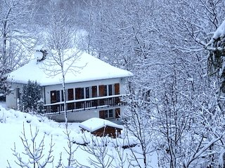 Charming Villa with garden and terrace in GAVARNIE